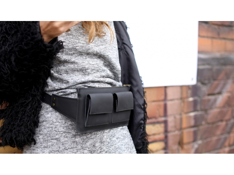 32001d557323 ... Женская сумка из кожи Waist Bag чёрная купить по лучшей цене ...