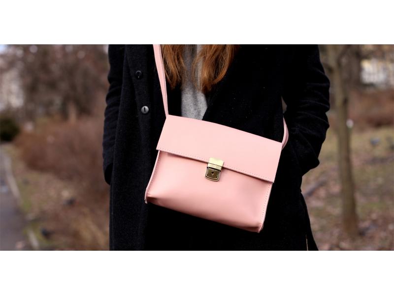 b9ed718f2a4e Женская сумка из натуральной кожи Aurora розовая купить по лучшей цене