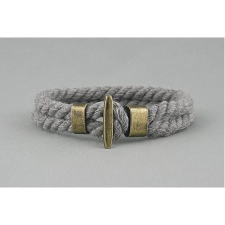 Браслет плетеный из шнурка серый арт. 344